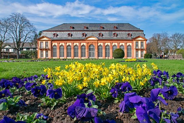 Restrukturierung in Darmstadt und Frankfurt